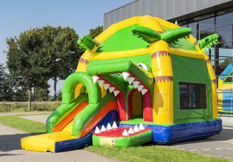 Super-Krokodil aufgebaut
